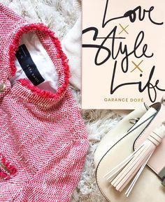 "Ioana Cacso (@ioanacacso) pe Instagram: ""La vie en rose 💞 #lovestylelife #garancedore #zara #pink #blush #red #lifestyle #tweed"""