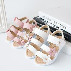2019 summer children kids fashion big flower girl flat pricness shoes baby shoes toddler shoes children shoes shoes Source by wishapp Toddler Shoes, Kid Shoes, Baby Shoes, Flat Shoes, Flat Sandals, Girls Flats, Girls Sneakers, Beach Flower Girls, Princess Shoes