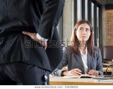 Стоковая фотография «Агрессивный/сердитый босс жалуется Азии бизнес женщина» (редактировать), 556396201 Boss, Image