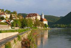 WeddingSutra Editor's Blog » Blog Archive » Sail Away Honeymoon worthy locations in EU