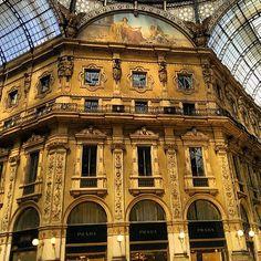 Milano, Galleria Vittorio Emanuele (Italia)