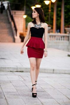 Peplum skirt. Love this outfit.