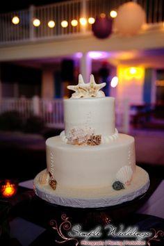 Beach wedding starfish wedding cake!