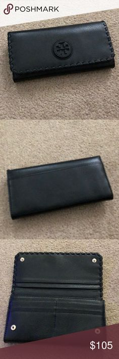 Tory Burch Marion Envelope wallet - like new! Tory Burch Marion Envelope wallet - like new! No tears, stains or marks. Beautiful, soft leather. Only used for a few days as I mostly use a wallet crossbody, Tory Burch Bags Wallets