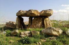 Flint Dolmen in Johfiyeh, Jordan Stonehenge, Cairns, Twilight Sky, Norfolk Coast, Ancient Mysteries, Bronze Age, Culture, Prehistoric, Night Skies