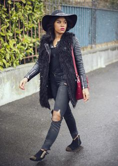 black-bloggers-wallace-yolicia-destroyed-jeans-floppy-hats-faux-fur-coat-leather-biker-style0
