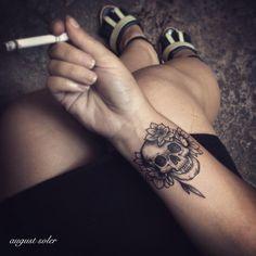 "92 Likes, 2 Comments - August Soler (@august_soler_tattoo) on Instagram: ""#ink#inked#tattoo#tattoos#tatouage#tatouages#blackwork#sea#coquillage#blackwork#blacktattoo#blackart#tattooed#tattooer#blackworkerssubmission#bonestattoo#skulltattoo…"""