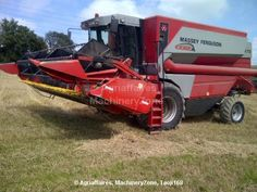 Combine harvester Massey Ferguson MF7272 of 2003 for sale 57000 GBP at Agriaffaires