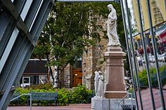 Little city in Canada - Rimouski, Quebec Great Vacation Spots, Canada, Best Places To Live, The Locals, Perfect Place, Statue Of Liberty, To Go, Photos, Landscape