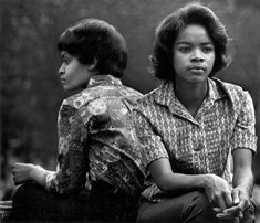 Washington Square, New York City. Photo: Dave Heath, Image from Posing Beauty in African American Culture Exhibition at the USC Fisher Museum of Art in Los Angeles Leonard Freed, Dr Marcus, Mass Culture, African American Culture, Washington Square Park, Street Portrait, My Black Is Beautiful, Beautiful People, Anos 60