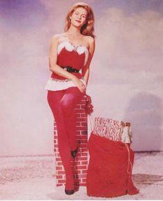 Elizabeth Montgomery Christmas pin-up