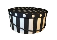Large Hat Box in Black and White Stripe, Decorative Fabric Covered Hat Boxes, Round Storage Box, Keepsake Boxes with Lid, Nesting Boxes
