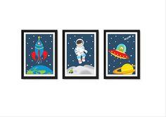 Unsere Weltraum-Druck-Set macht das perfekte Geschenk für jeden kleinen Jungen. Die Drucke sind letzten Schliff für ein Kind im Schlafzimmer oder Kinderzimmer. Es gibt 3 Drucke in diesem set und würde ein großes Geschenk für jeden angehenden Astronauten. Die Drucke sind A4 Größe (21 x 29,7
