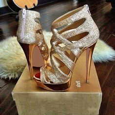 Christian Louboutin So Kate spring 2015 THD Fashion high heels, fashion girls sh. - Christian Louboutin So Kate spring 2015 THD Fashion high heels, fashion girls shoes and men shoes w - Cute Shoes, Women's Shoes, Me Too Shoes, Shoe Boots, Prom Shoes, Fall Shoes, Trendy Shoes, Shoes Style, Converse Shoes