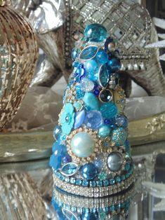 Topiary, Upcycle, Shabby, Jewels, Hats, Christmas, Fashion, Xmas, Moda