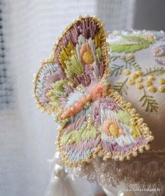 """Patron gratuit Free pattern Pincushion Mushrom Champignon pique aiguilles Création """"La Bastidane"""" Hand Fan, Hand Fans"""