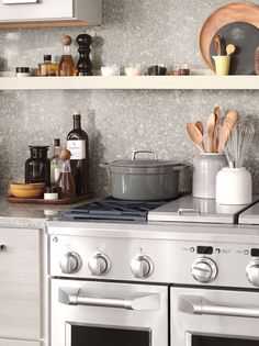 Cooking during a busy work week can be less time consuming and more enjoyable with an organized kitchen! Shop the Martha Stewart Living Kitchen line @homedepot.