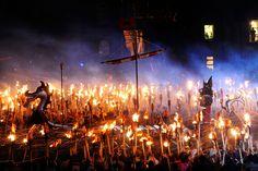 Shetland - Uniek festival om de Vikingen te eren die hier ooit aan land kwamen.