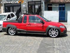 Fiat Strada Locker rebaixada com Rodas aro 19 e suspensão a ar