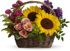 Picnic in the Park basket of flowers