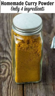 This how-to guide for an easy curry powder recipe is so simple yet amazing, made with only 4 ingredients this mild curry powder will be a sure hit. It is so easy to prepare. Jamaican Curry Powder, Homemade Curry Powder, Mild Curry Powder Recipe, Homemade Seasonings, Homemade Spices, Curry Seasoning, Seasoning Mixes, How To Make Curry, Strawberry Banana Bread