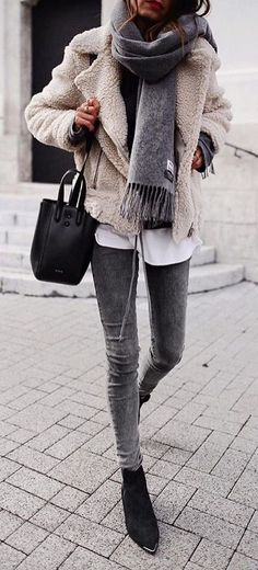 44 The Best Grey Winter Outfit Ideas To Keep Warm