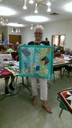 *With Heart and Hands* : Making Fidget Quilts for Alzheimer's Patients: Free Tutorials and Ideas