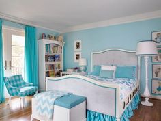 Delightful Light Blue Teenage Girls Bedroom Design Ideas