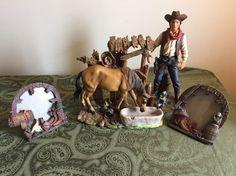 Horse Statue Americana Decor Cowboy Horse & 2  Horseshoe Pic Frames Rancher