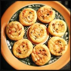 Mini taartjes met koolrabi, appel en gruyère | Francesca Kookt