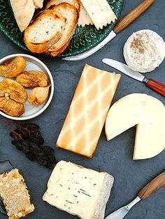 How to put together the perfect cheese plate.