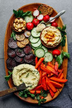 5-minute Macadamia Nut Herb Cheese + Veggies