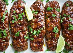 Sticky kipgehakt | Kookmutsjes Fish Recipes, Asian Recipes, Chicken Recipes, My Favorite Food, Favorite Recipes, Homemade Chicken Pot Pie, Sticky Chicken, Good Food, Yummy Food