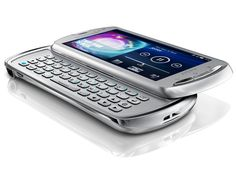 Sony Ericsson Xperia Pro: official pictures | QWERTY Android device lands Buying advice from the leading technology site