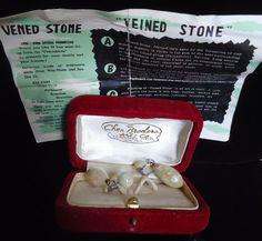 Vintage Chen Brothers Arts Co Hong Kong Penghu Wen Stone Veined Stone Earrings #ChenBrothersArtsCompanyHongKong #TearDropDangleEarrings