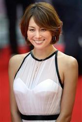 ドクターXで注目を浴び続ける女優の米倉涼子さん 彼女は女性からの支持も厚く 髪型な…