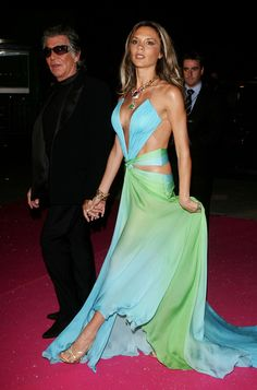 """The """"Double-sided Tape Is My Savior"""" 