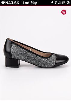 Čierne lodičky na plochom podpätku Vinceza Platform, Heels, Fashion, Heel, Moda, Fashion Styles, High Heel, Wedge, Fashion Illustrations