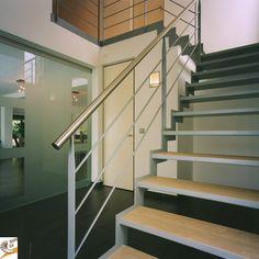 Moderne trap trappen  teck puurs www.trappenteck.be