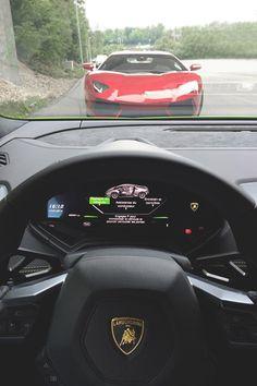 Huracan cockpit x Aventador