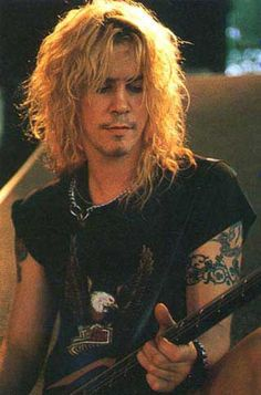 Duff McKagan - The sexiest man on earth. I really love this pic.