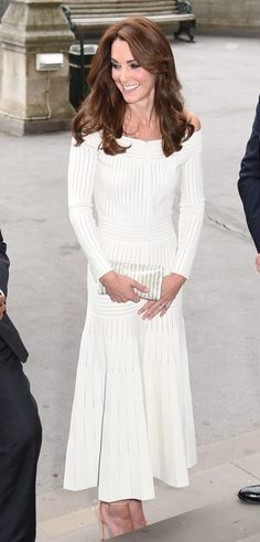 Kate Middleton looks like the perfect princess in her white gown