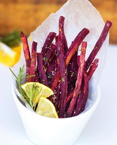 Purple sweet potato oven fries by @treeselovehappiness   Seasoned with rosemary thyme lemon zest crushed red pepper and coarse salt!  You can peel or leave the skin on for these! The skin has so many nutrients and I definitely dont mind when some of the fries have the skin on so I just leave it! You can do these in skinny sticks like I did or larger wedges. Either way you decide to cut them make sure to cut them as similar sized as you can to ensure they cook evenly. Toss in a little oil…