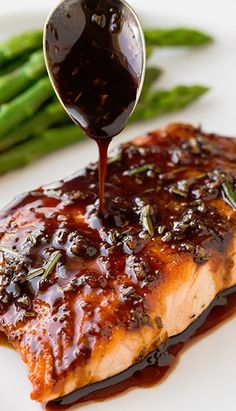 Balsamic Glazed Salmon#recipes #food #foodporn #yum #instafood #dinner #lunch #breakfast #fresh #tasty #food #delish #delicious #1nstagramtags #yummy #amazing #instagood #photooftheday #sweet #eating #foodpic #foodpics #eat #hot #foods #hungry #foodgasm