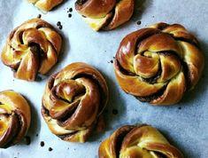 Ha nincs ötleted, milyen finomságot készíts, próbáld ki ezt a receptet. Doughnut, Nutella, Muffin, Cookies, Vegetables, Breakfast, Cake, Drinks, Food