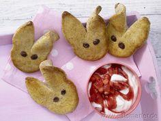Osterhasen-Gebäck mit Erdbeerquark - smarter - Kalorien: 271 Kcal   Zeit: 40 min. #easter