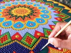 mandalas paintings and three-dimensional collages sà £ the new Cultural Muxirum Mandala Art, Mandala Painting, Mandala Design, Dot Art Painting, Stone Painting, Mosaic Projects, Art Projects, Painted Rocks, Hand Painted