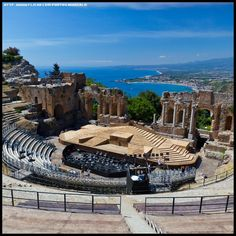 Ancient Greek Theater in Taormina, Province of Messina, Sicily region of Italy overlooking the Ionian Sea. Cool Places To Visit, Places To Travel, Italy Information, Taormina Sicily, Best Of Italy, Living In Italy, Sicily Italy, Venice Italy, Italy Holidays
