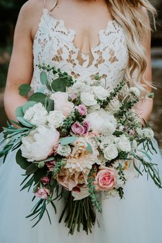 76 Best Wedding Bouquets Images In 2020 Wedding Bouquets