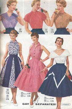 "Alden's Vintage Fashion Catalog © 1954 ""Gay Separates"" Vintage Outfits, 1950s Outfits, Vintage Dresses 50s, Vintage Wardrobe, Vestidos Vintage, Retro Dress, Vintage Skirt, 1950s Fashion Women, Vintage Fashion 1950s"